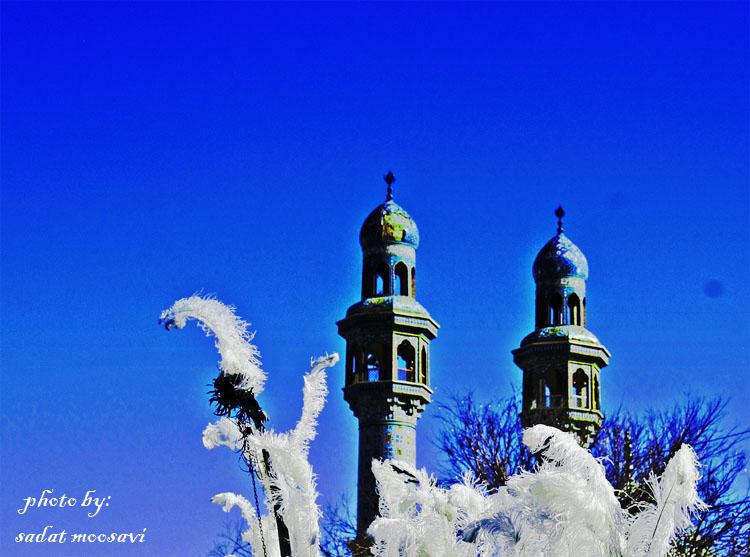 گلدسته های مسجد قم_روز عاشورا